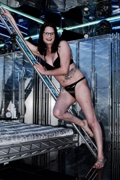 titten zeigen in der öffentlichkeit strip club nrw